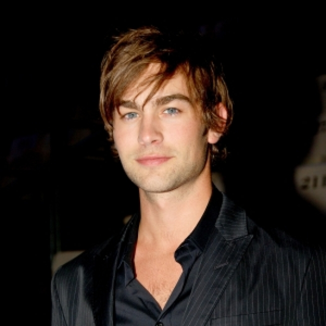 Chace Crawford Talks His New 'Gossip Girl' Love, <br />'Footloose' Footwork