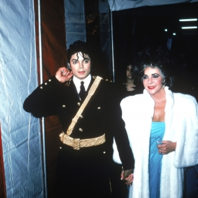 Elizabeth Taylor Won't Attend Michael Jackson Memorial: 'I Cannot Be Part Of The Public Whoopla'