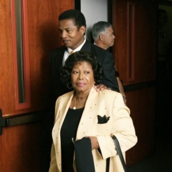 Jackson Family Attorney: Singer's Mother Seeks Custody Of His Children