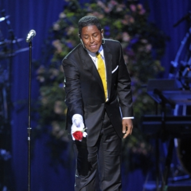 "Jermaine Jackson Calls Brother Michael A ""Wonderful Humanitarian;"" Vienna Gala Planned"