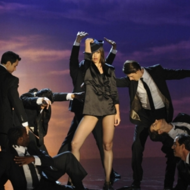 Katie Holmes Pays Homage To Judy Garland On 'So You Think You Can Dance'