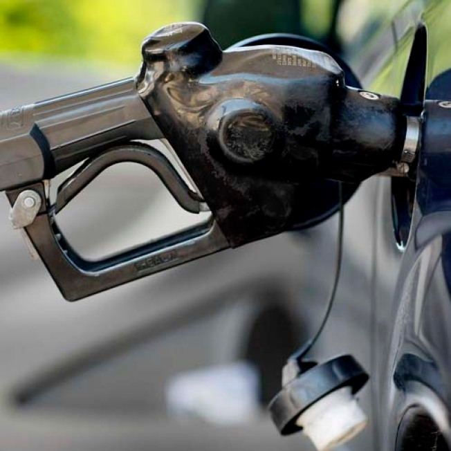 Gas Prices Fall in Time for Labor Day
