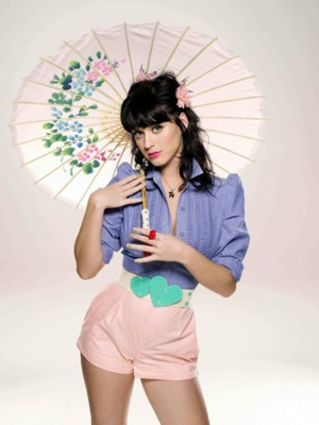 Katy Perry To Host MTV Europe Music Awards