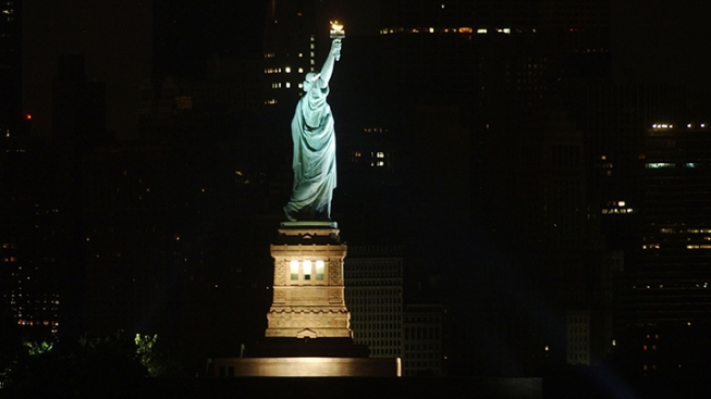 Artist Suing Over Statue of Liberty Stamp Mix-Up