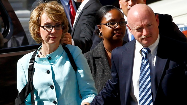 Giffords, Husband to Take on Gun Lobby