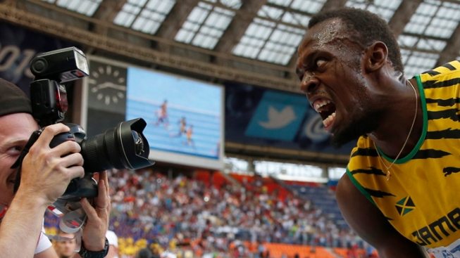 Usain Bolt Wins 3rd Straight World Title in 200