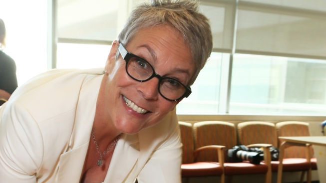 "Jamie Lee Curtis Doing ""Fine"" After Car Accident as Pal Jodie Foster Reportedly Rushes to the Scene"