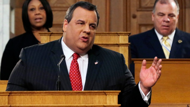 Christie to Keep Safe Distance From Senate Race