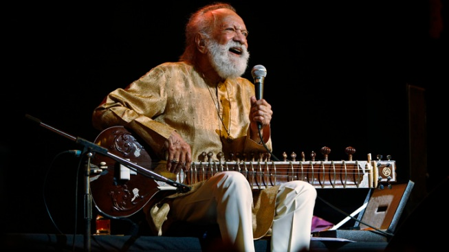 Indian Sitar Master Ravi Shankar Dies at 92