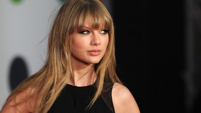 "Taylor Swift to Guest Star on ""New Girl""--Find Out Which Couple She's Trying to Break Up!"