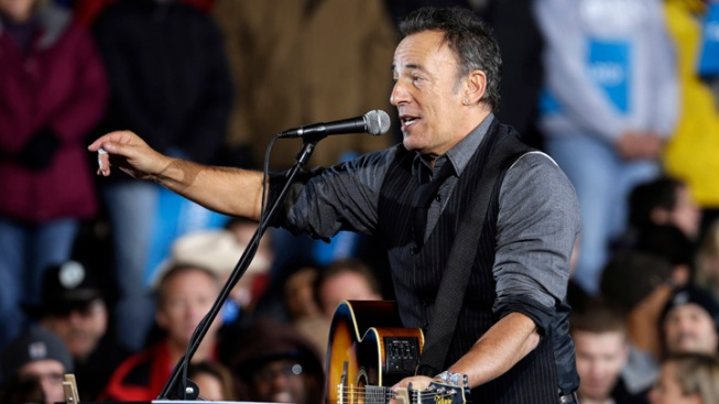 Bruce Springsteen Dedicates Song to Trayvon Martin