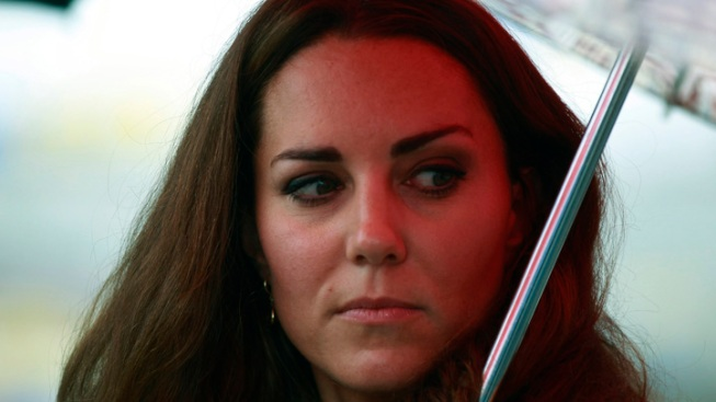 French Court Orders Magazine to Hand Over Topless Kate Photos