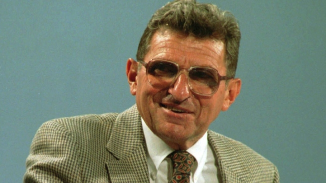 From Family to Politicians to Athletes Condolences Pour in for Paterno
