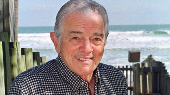 USA Today Founder Neuharth Dies at 89