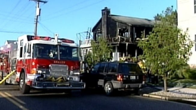 2 Displaced, Firefighter Injured in House Fire