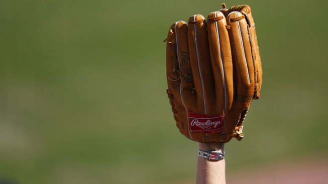 Mom Admits to Stealing Thousands From Little League