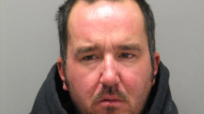 Chicken Scratch Stops Man From Robbing Bank: Cops