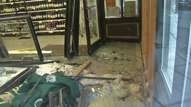 DUI Driver Crashes Into Liquor Store, Flees Scene: Cops