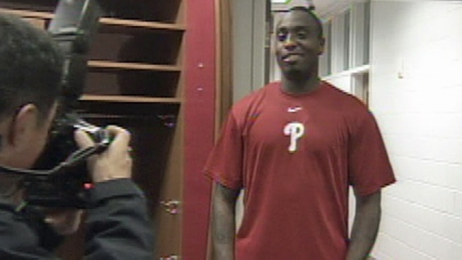 It's Official: Willis Is a Phillie
