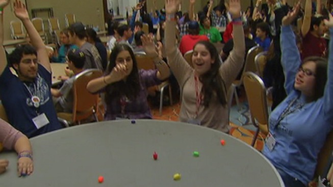 Students Try to Break Dreidel Spinning Record
