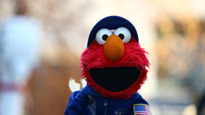 "Sting, Idina Menzel and Cast of ""Sesame Street"" Set for Macy's Thanksgiving Day Parade"