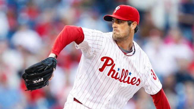 Hamels Leads Phils Past Boston