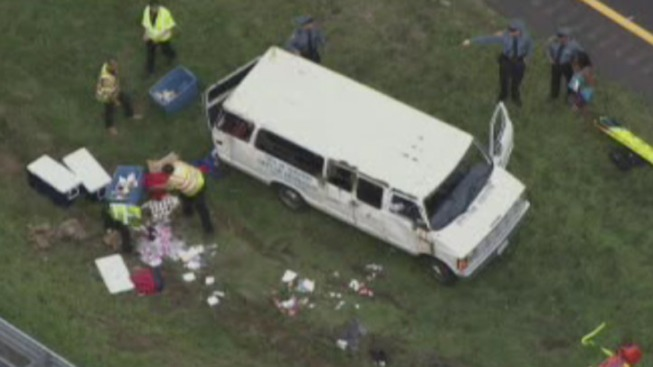 12 Kids, 2 Adults Hurt After Van Overturns on I-295