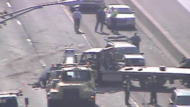 Man Jumps Barrier After I-95 Crash: Police