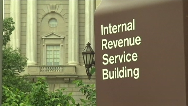 Accountant Arrested for Trying to Bribe IRS