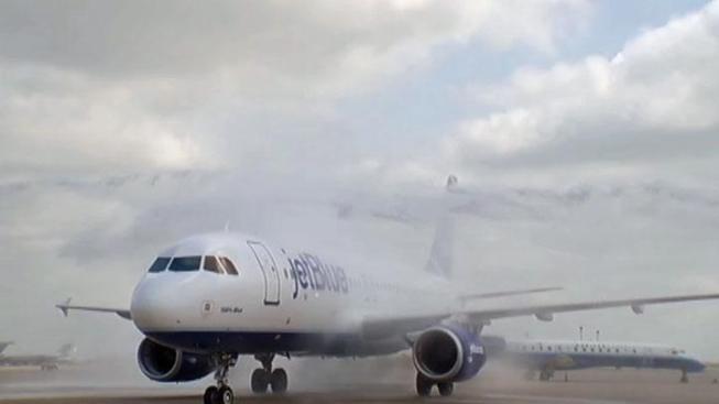 Plane Clipped on Tarmac at JFK