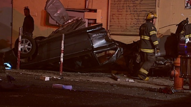 4 Injured After Car Runs Red Light: Cops