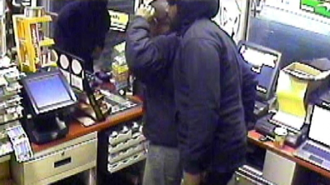 Police Look for Suspects in NJ Gas Station Robbery