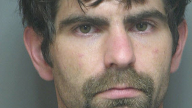 Man Wanted for Running Meth Lab in Mom's House: Cops