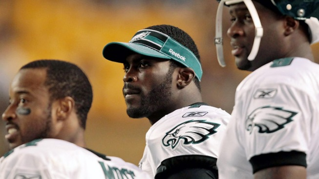 Eagles 1st Teamers Struggle in Preseason Loss