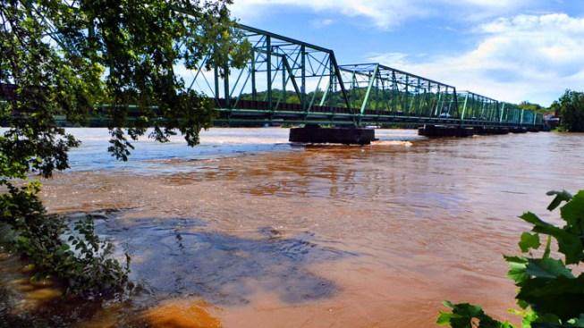 Corbett Puts up $15M to Dredge Delaware River
