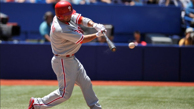 Halladay Leads Phils Past Jays