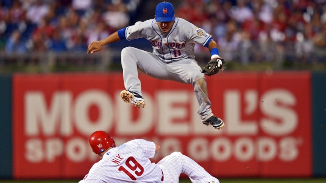Phils Fall to Mets in 10 Innings