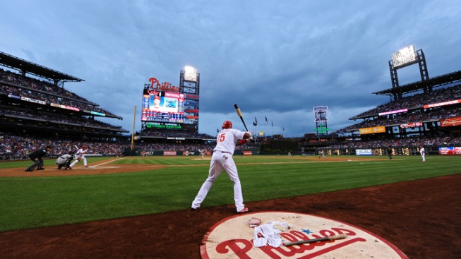 Polanco Hits 2000th in Win Over Astros