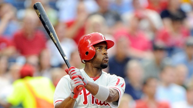 Rollins Homers Twice in Win Against Nats