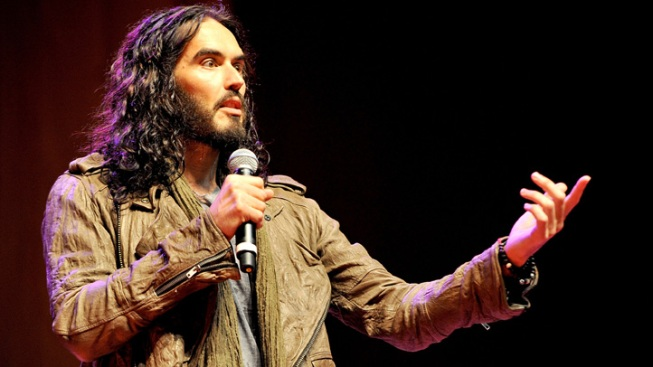 Russell Brand Sentenced to Community Service Over iPhone Toss