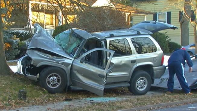 Wrong-Way Driver Slams SUV Into Tree: Cops