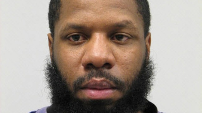 Police Search for Missing Sex Offender