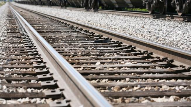 Train With Hazardous Materials Derails in Del.