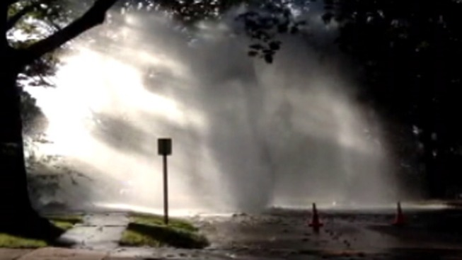 Water Main Break Shuts Down Road in Wynnewood