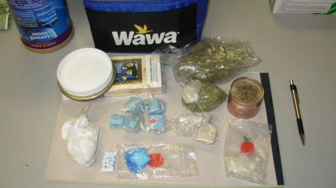 Cocaine, Heroin, Pot, Oxycodone Found in Wawa Bag: Cops