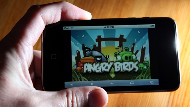 "Man in ""Angry Birds"" Costume Tries to Abduct Kids: Police"