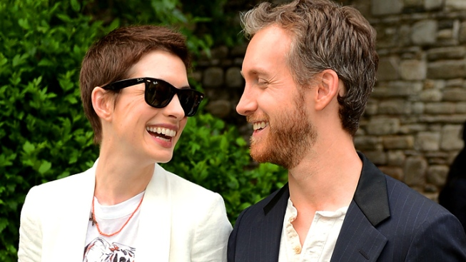 Anne Hathaway's Wedding Pics: Money to Support Gay Marriage