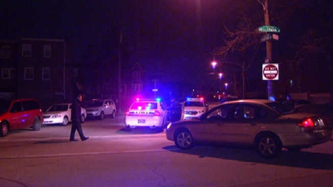 Corrections Officer Robbed at Gunpoint in Philly