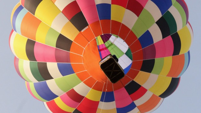 Hot Air Balloon Basket Hits 3 Cars on Pa Highway