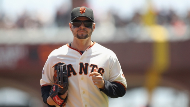 Giants: CBP Reeks Of Champagne